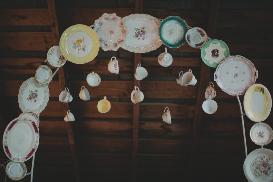 Vintage China arch with hanging tea cups